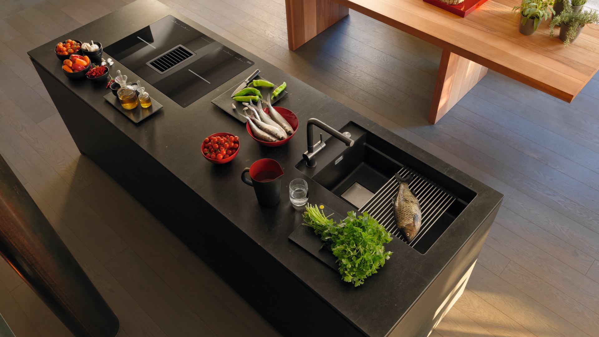 Auszüge, Spülen, Armaturen und Küchenausstattung für Ihre Küche in Dornbirn